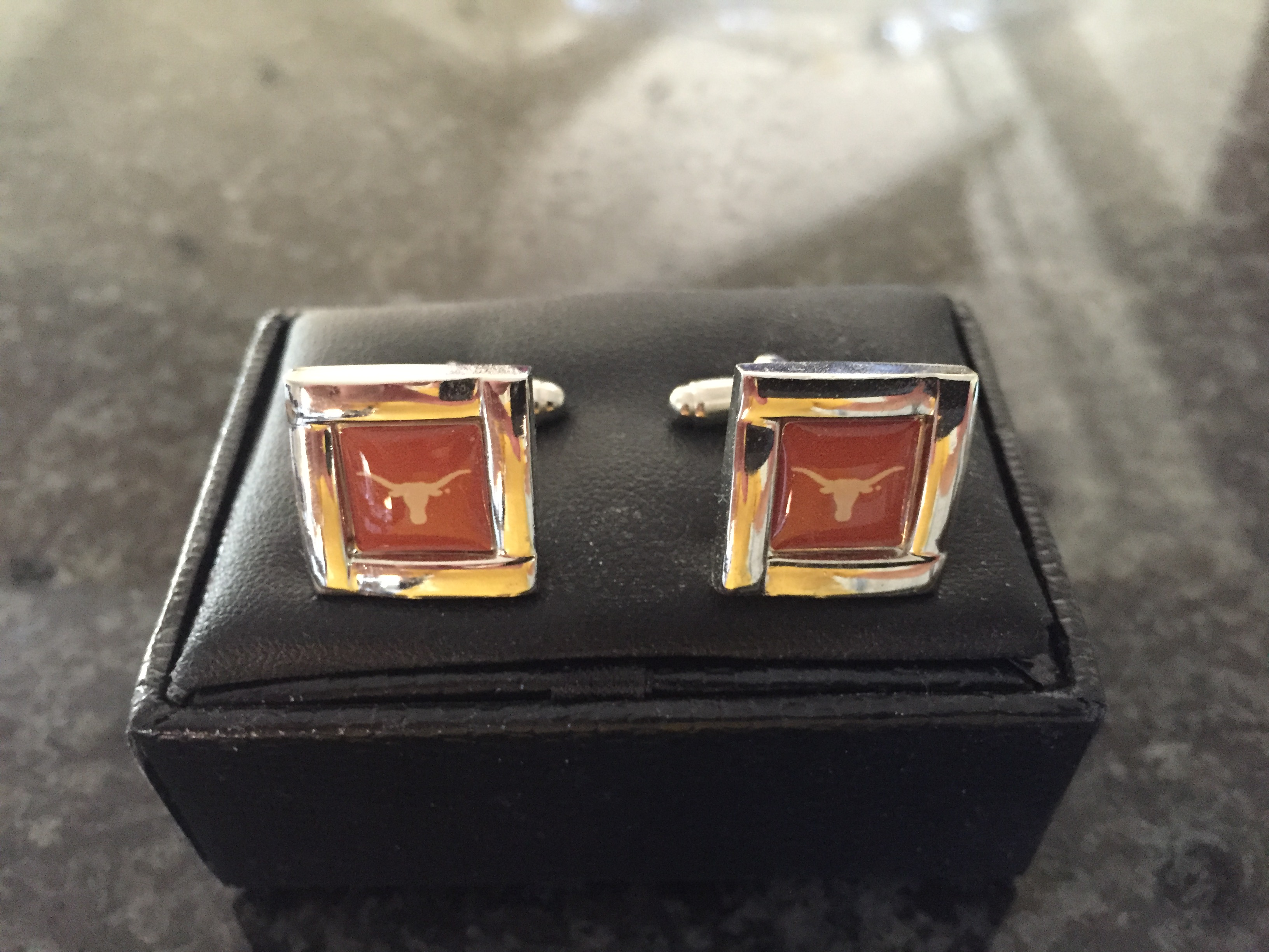 Connecting with Your Customers, Longhorn cuff links, big data